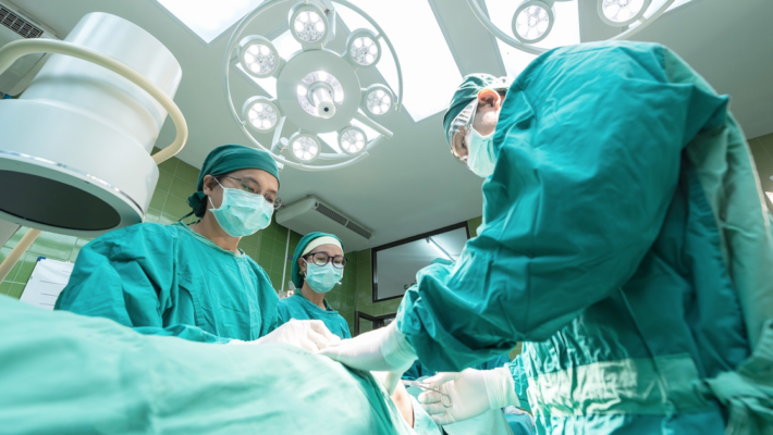 Qué diferencia hay entre una laparoscopia y endoscopia